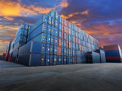 Ποια είναι τα πλεονεκτήματα της ενοικίασης ενός container αποθήκευσης και μεταφοράς;